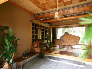 浅科の高台に建つ家
