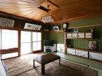 家族の居間は 杉の傘天井
