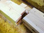 手刻み・木組みの技のひとつ、鎌継ぎ(カマツナギ)