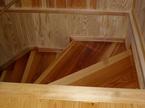 階段板は杉無垢材の一枚板